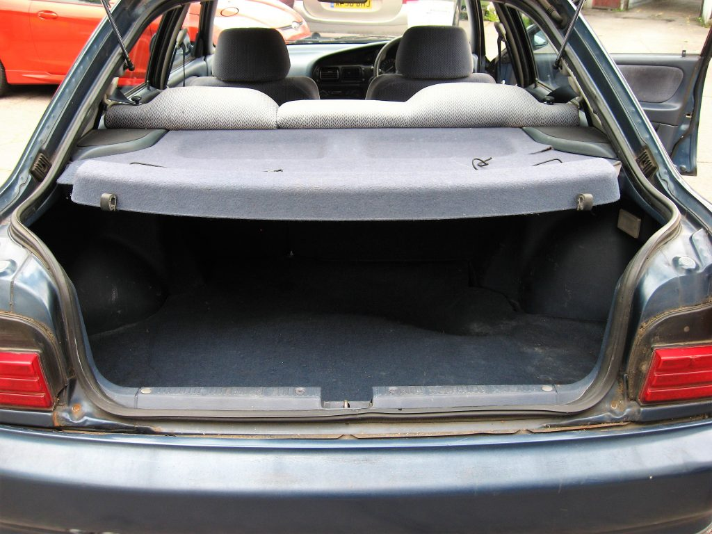 Proton Persona 1.6 SEi Automatic - luggage area