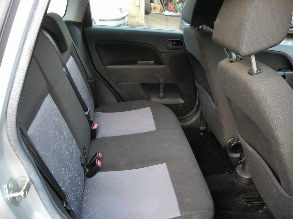 Ford Fiesta 1.4 TDCi - rear seats