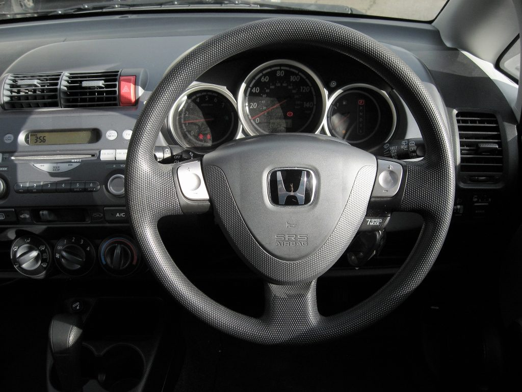 Honda Jazz 1.4 SE Automatic - dashboard