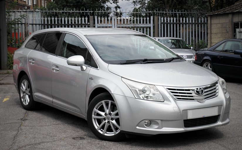Toyota Avensis Estate Automatic