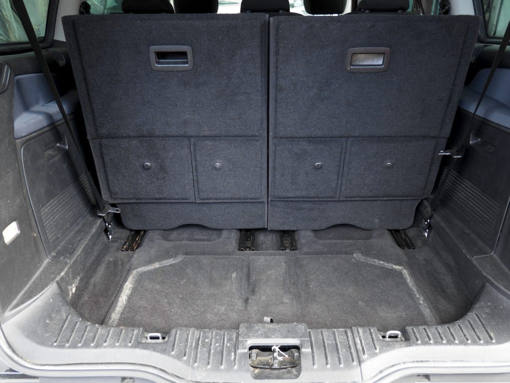 Ford Galaxy - luggage area