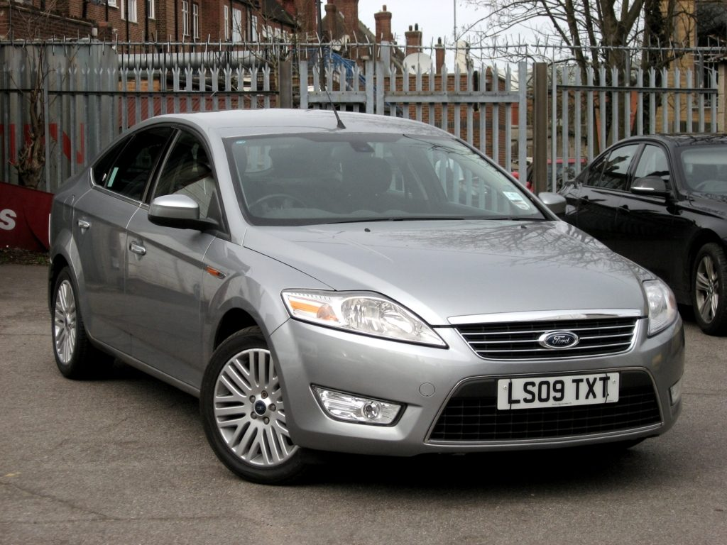 Ford Mondeo 2.0 TDCi Ghia - front