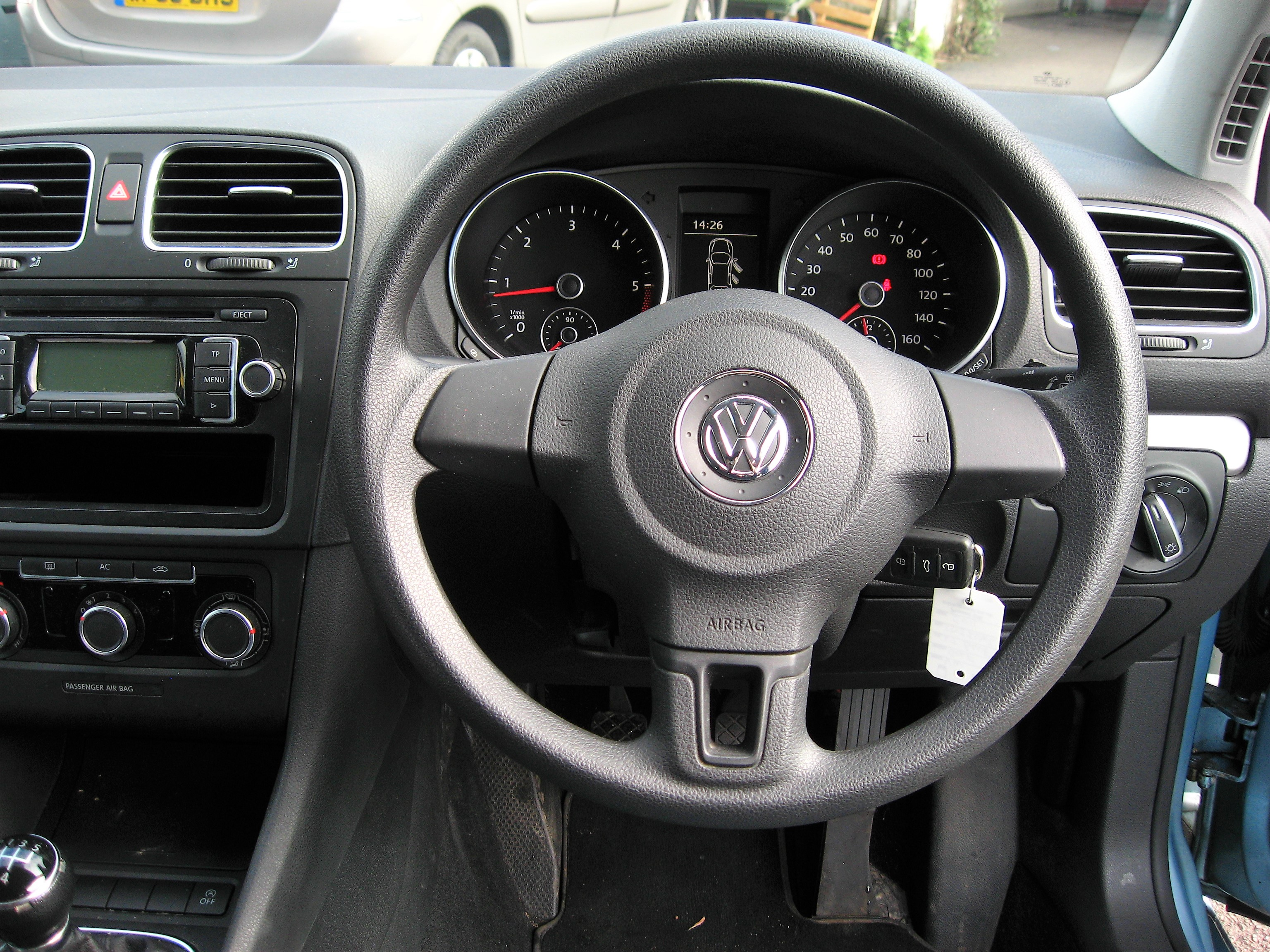 12k In Miles >> VW Golf 1.6S TDi Bluemotion 5-dr